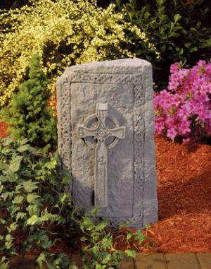 24120 Celtic Cross Obelisk-0