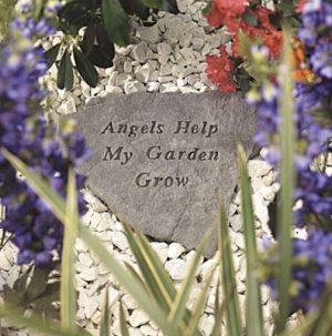 65920 Angels Help My Garden Grow-0