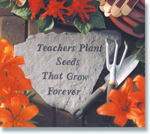 67120 Teachers Plant Seeds That Grow Forever-0